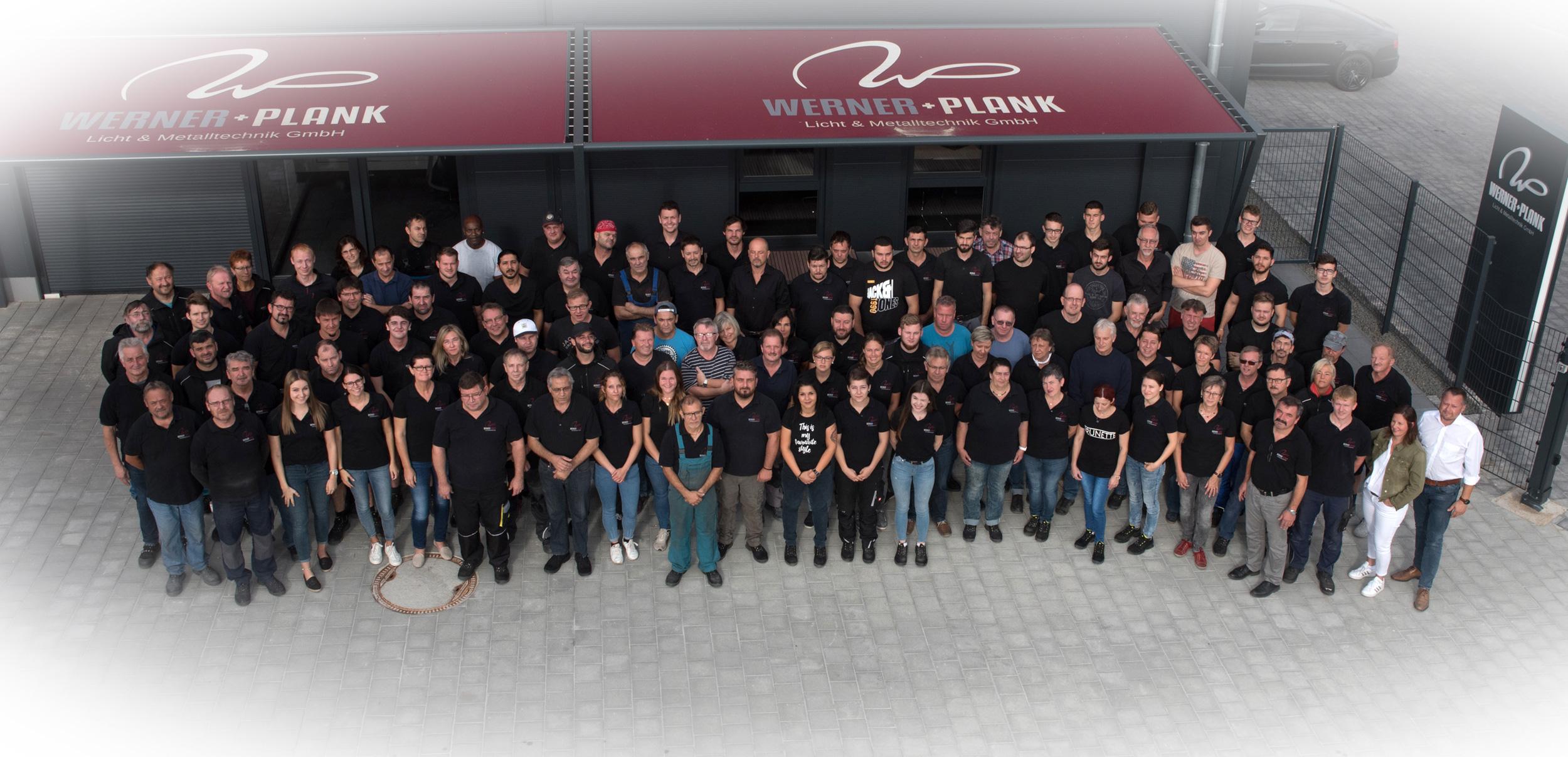 werner-plank-gruppenfoto-mitarbeiter